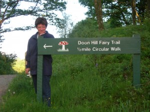 Doon Hill Fairy Trail, Aberfoyle - Scotiana.com - 2004
