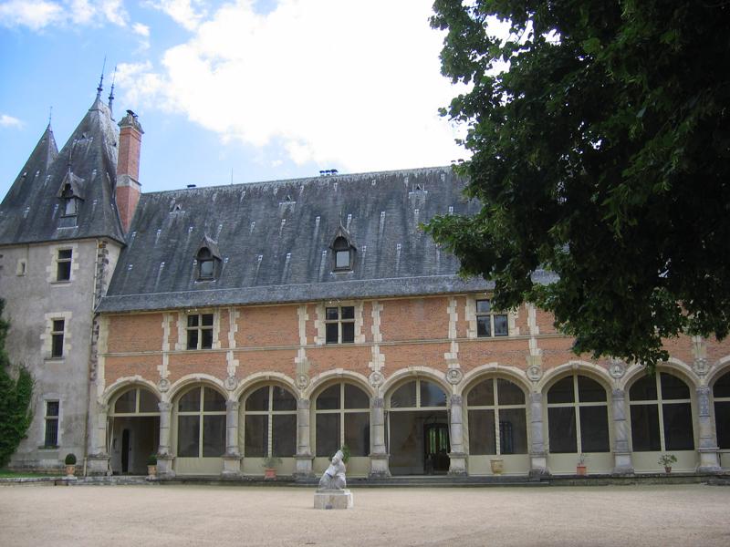 France Berry Sologne Château de la Verrerie Renaissance Galerie