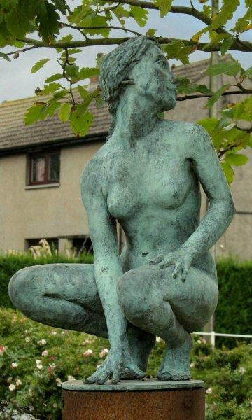 Scotland Dumfries & Galloway Gretna Green Sculpture Garden 'The Lovers' woman Scotiana 2007