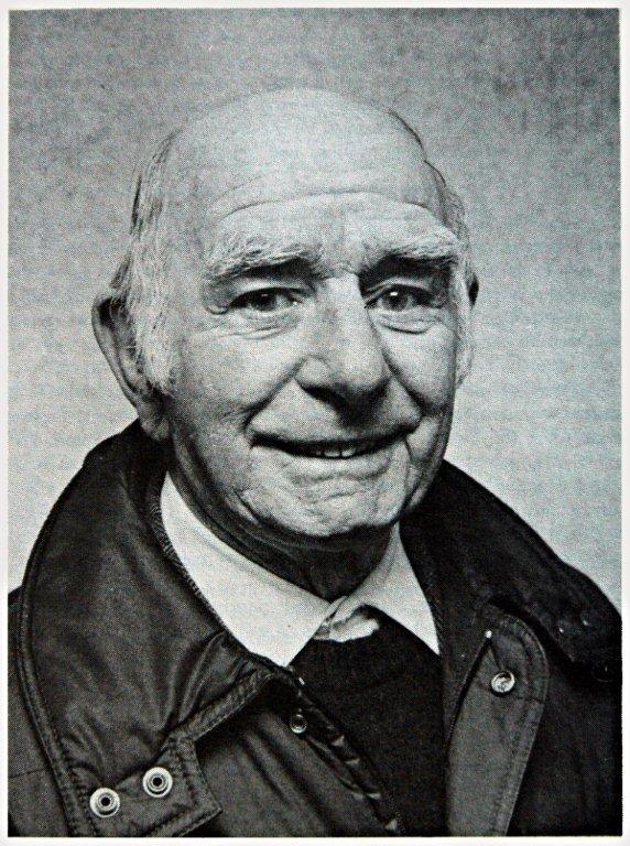 Harry Walker Dear Allies Margaret Henderson Monklands District Libraries 1988