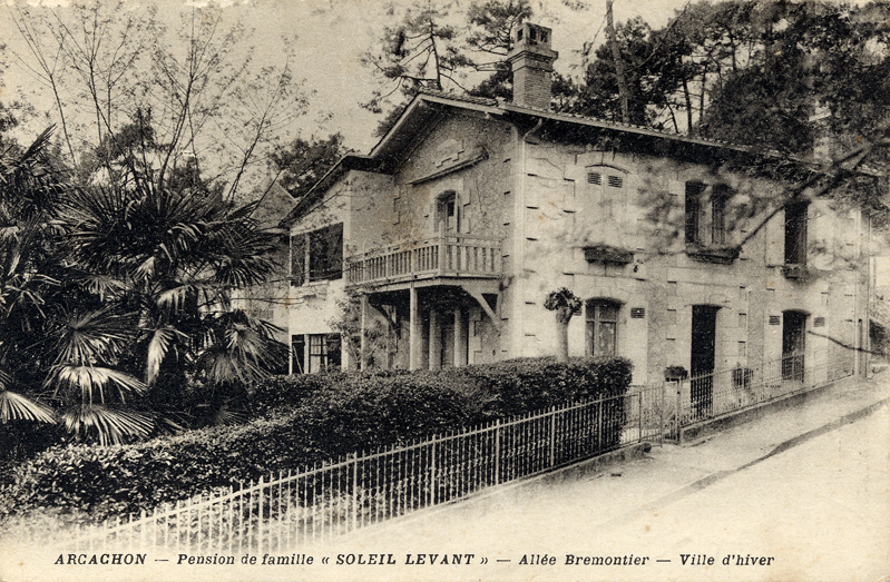 Arcachon Villa Soleil Levant old postcard c.1900 Scotiana Library