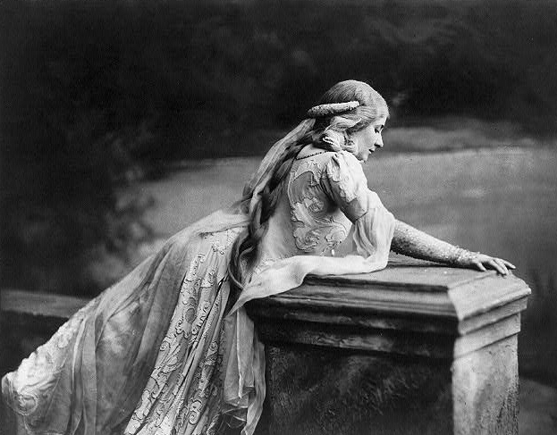 Mary Garden as Misande in Debussy's Pellas et Misande Source Wikipedia