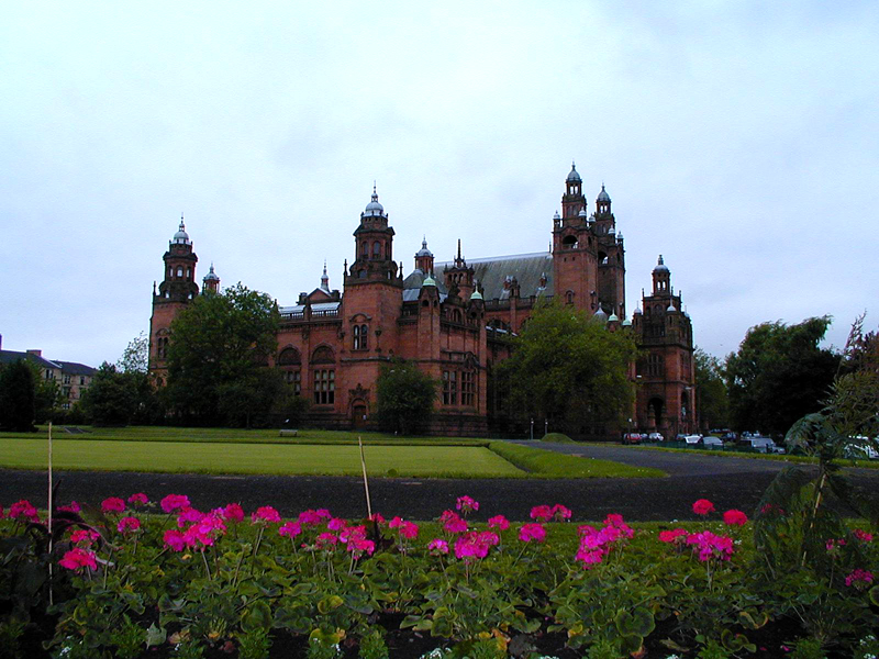 Glasgow Kelvingrove Art Gallery and Museum  © 2000 Scotiana