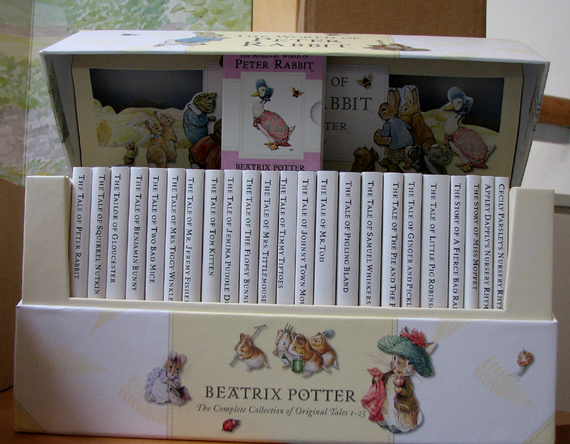 Beatrix Potter collector's set of books Birnam Institute  © 2007 Scotiana