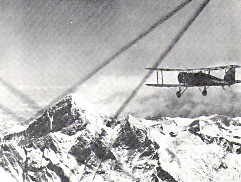 First flight over Everest 1933 Lord Clydesdale piloting Source Wikipedia
