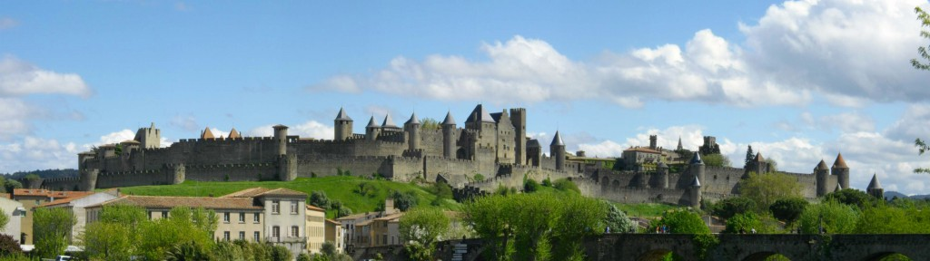 Overview of the old Cité de Carcassonne  Source Wikipedia