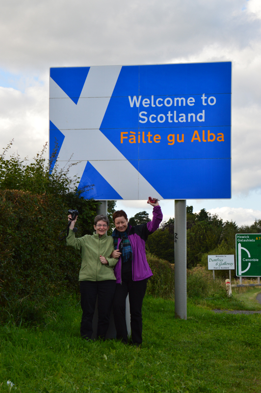 Welcome to Scotland/Failte Gu Alba road sign Dumfries & Galloway © 2012 Scotiana