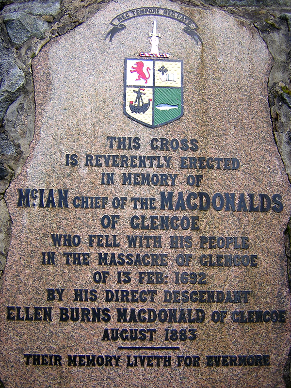 Glencoe  MacDonalds clan memorial © 2004 Scotiana