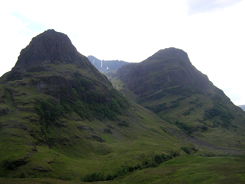 Glencoe mountains The Sisters © 2004 Scotiana