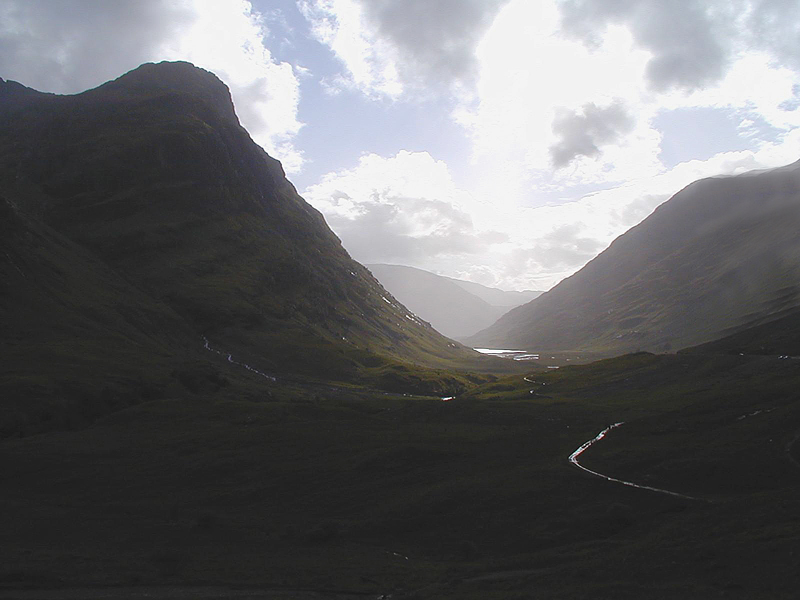 The dark side of Glen Coe valley -©-2000-Scotiana