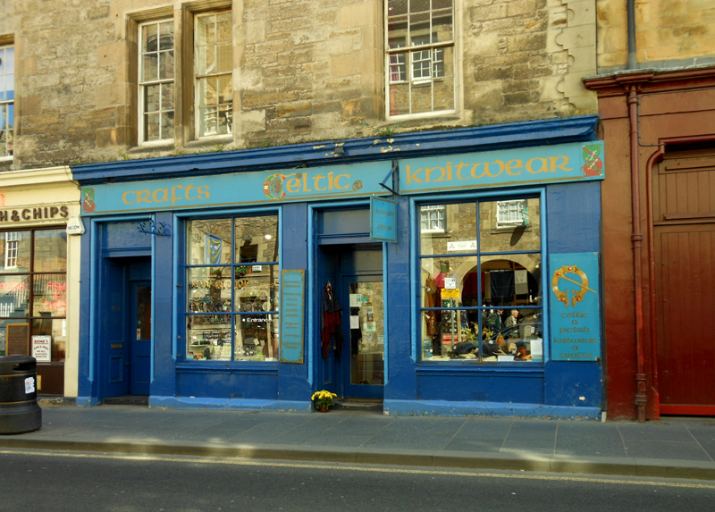 Crafts Celtic Knitwear 164-166 Canongate Edinburgh © 2012 Scotiana