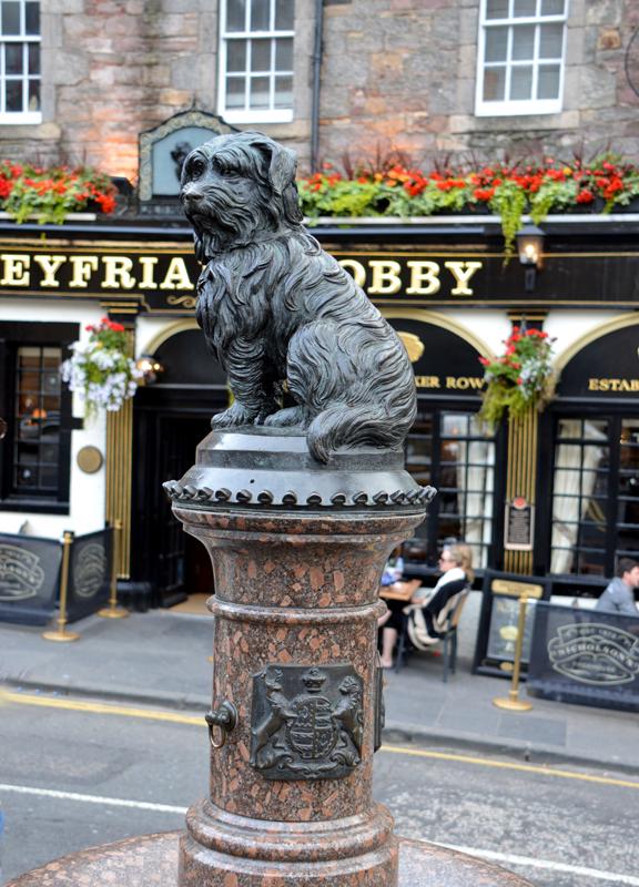 Greyfriars Bobby Edinburgh © 2012 Scotiana