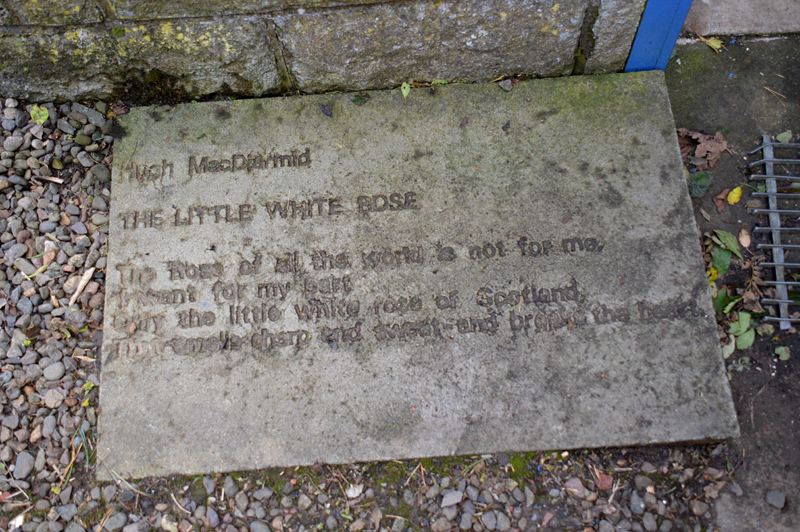 MacDiarmid The little white rose poem at Brownsbank © 2013 Scotiana