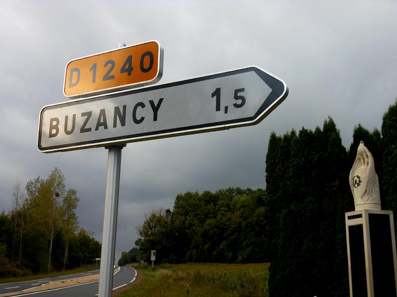 Buzancy road sign © 2013 Scotiana