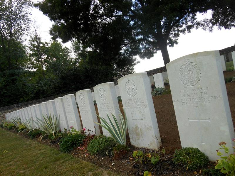 Scottish graves in Buzancy cemetery © 2013 Scotiana