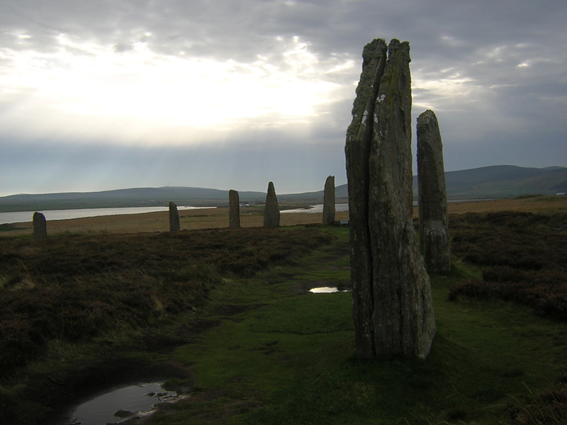 Orkney Ring of Brodgar © 2003 Scotiana