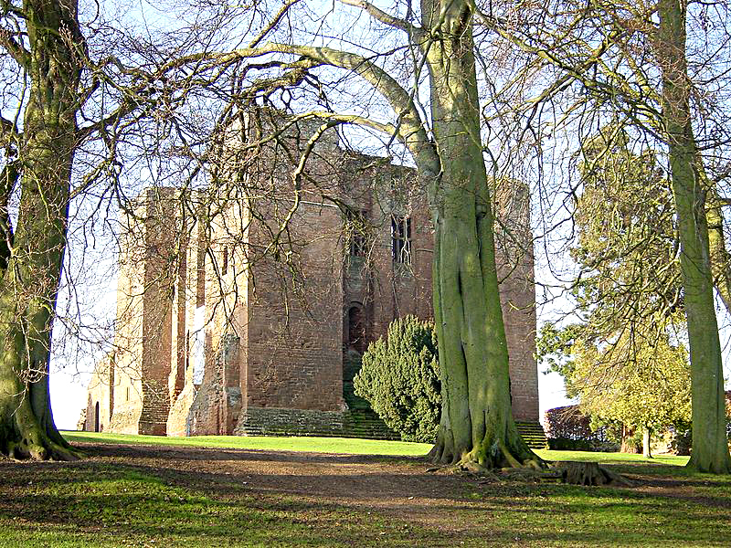 Kenilworth Castle Keep from south Source Wikimedia Commons