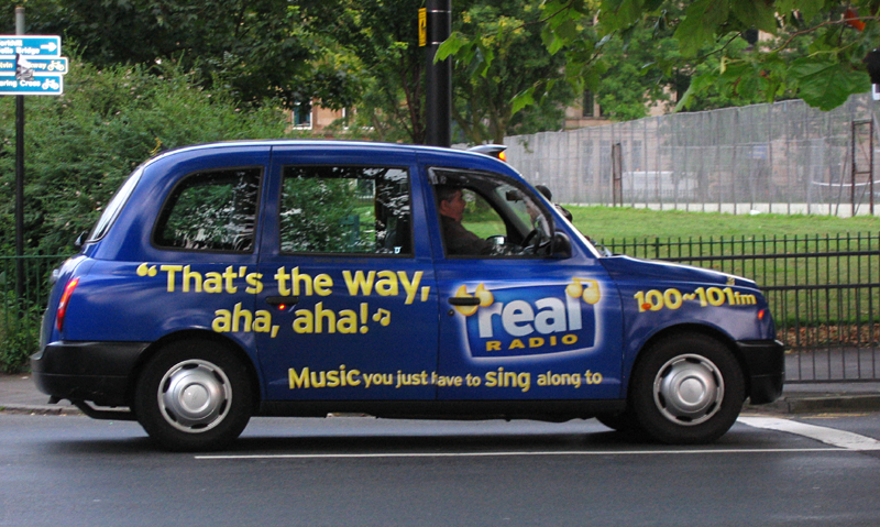 Glasgow blue taxi That's the way aha aha JC © 2007 Scotiana