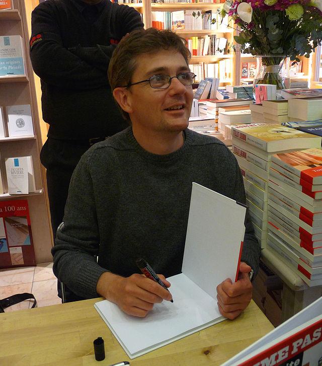 Charb dedicating a book...