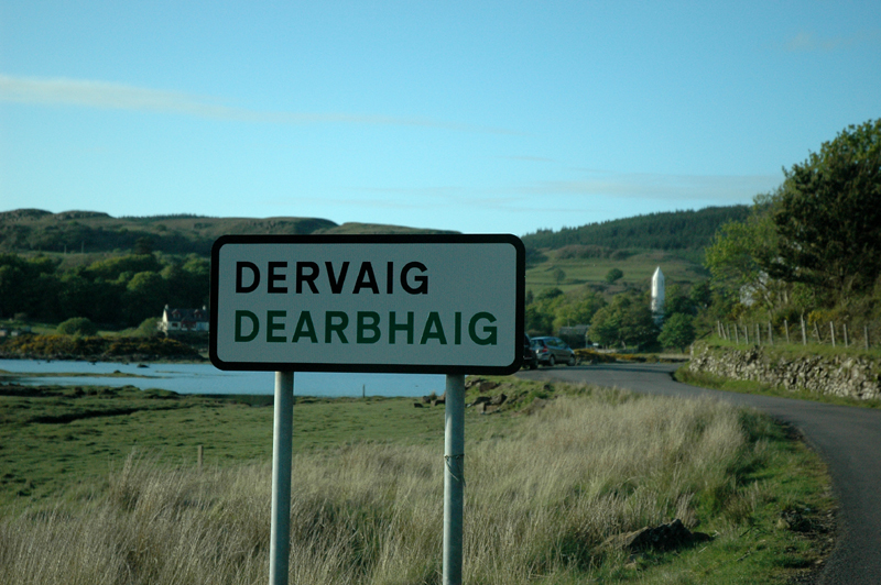 Dervaig signpost North of Mull © 2006 Scotiana