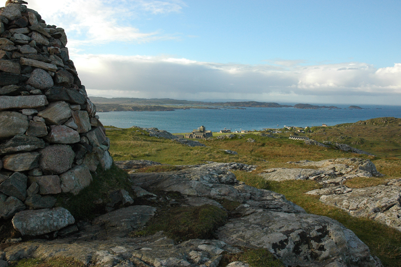 Iona view from Dun I JC © 2006 Scotiana