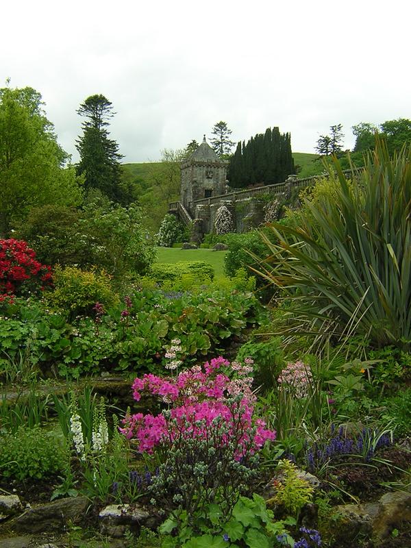 Season of Spring in Torosay Gardens © 2004 Scotiana