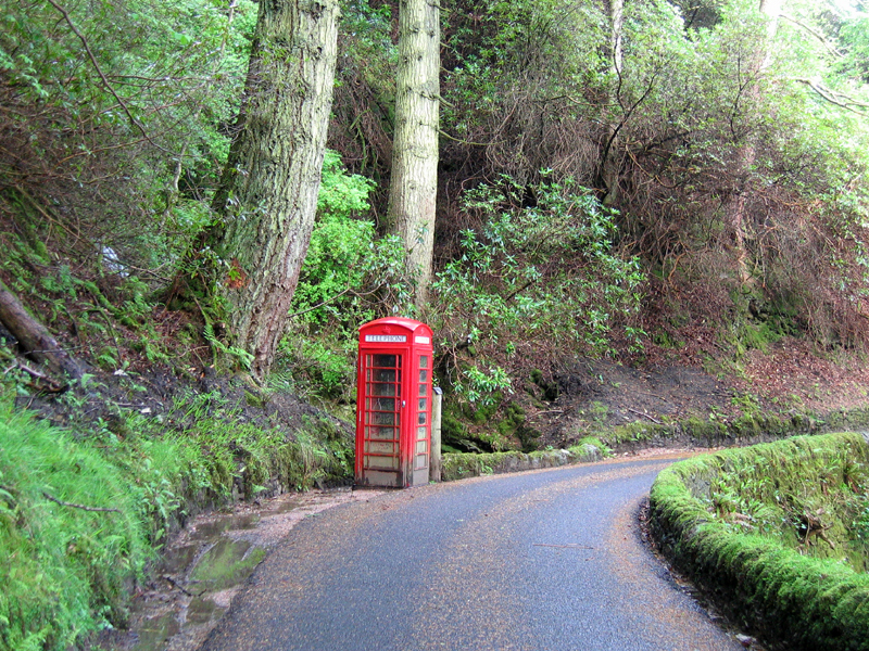 Telephone box near Carsaig Bay Ross of Mull © 2006 Scotiana