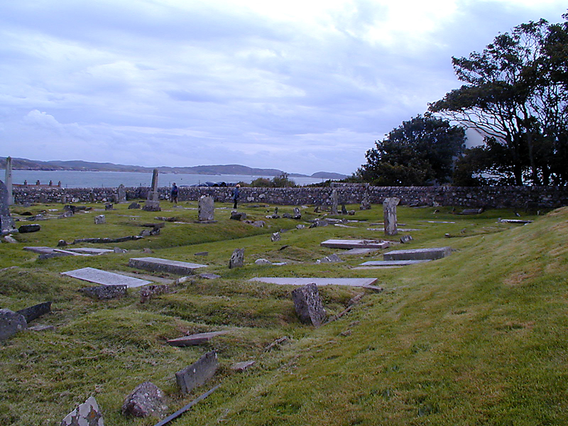 Reilig Odhrain kings' ancient burial ground on Iona © 2003 Scotiana