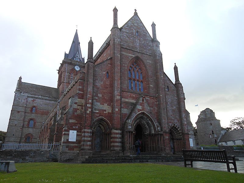 Kirkwall St Magnus Cathedral © 2012 Scotiana