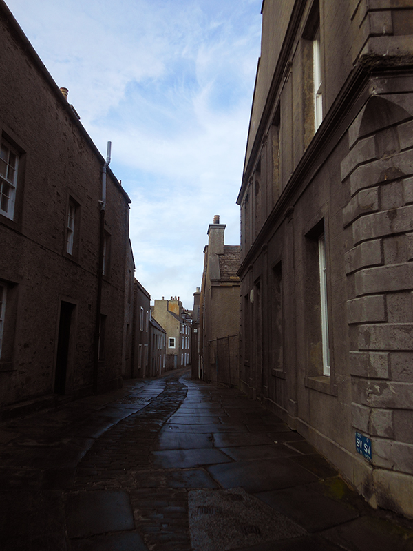 Alfred Street in Stromness © 2012 Scotiana