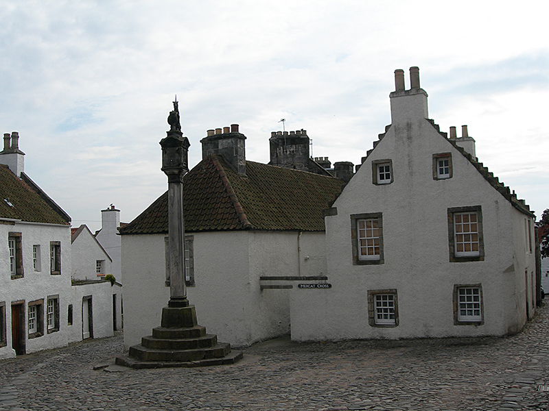 Culross unicorn Mercat Cross - Scotland