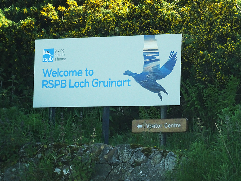 Islay RSPB Loch Gruinart sign © 2015 Scotiana