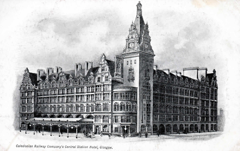 Old postcard featuring the açade of Glasgow Central