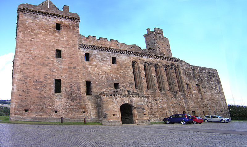 Linlithgow Palace South Range © 2003 Scotiana
