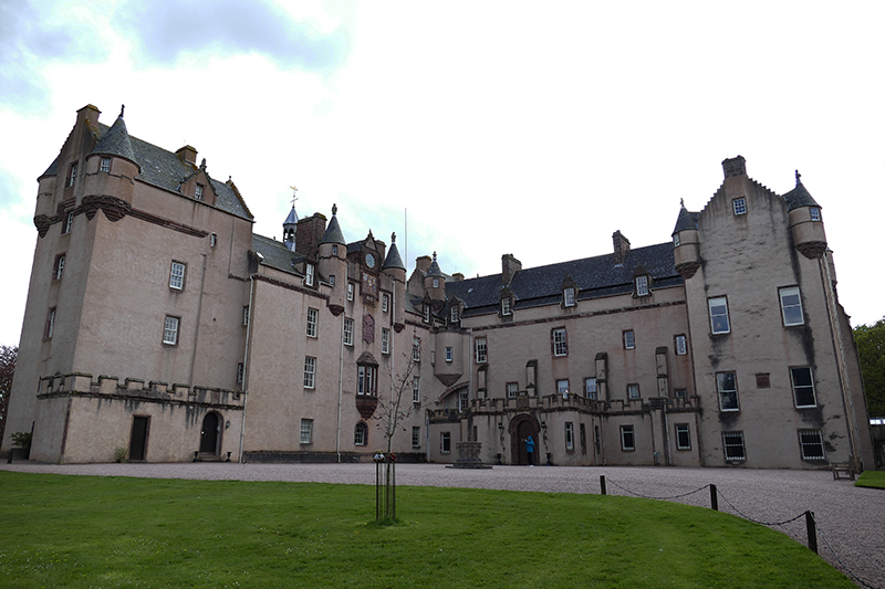 Fyvie Castle north façade © 2015
