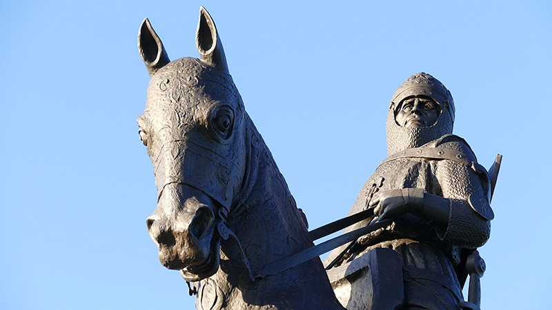 Robert the Bruce statue Stirling © 2020 Scotiana