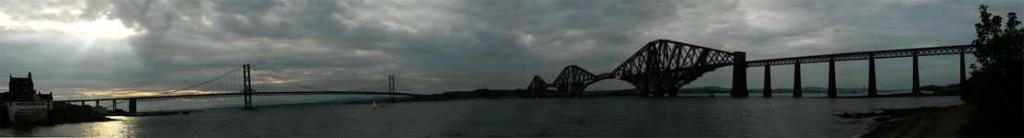 Edinburgh Forth Bridges © 2006 Scotiana