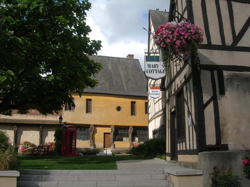 Aubigny-sur-Nère 'City of the Stuarts' rue des Dames Berry France