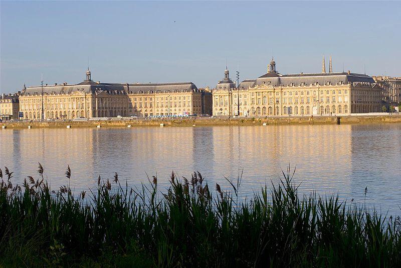 Bordeaux quais (Wikipedia)