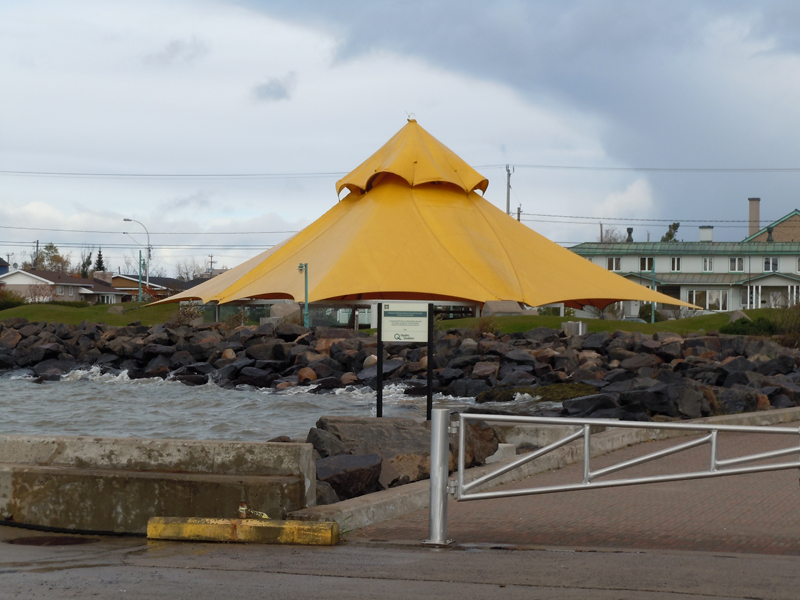 Yellow Tent Old Pier Sept-Îles Côte-Nord Quebec PC Scotiana 2010