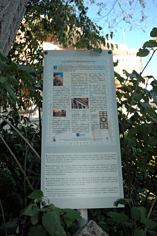 Arcachon Ville d'Hiver Craigrostan Villa information board  © 2011 Scotiana