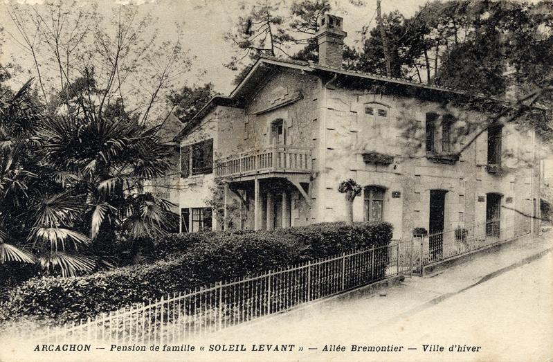 Arcachon Villa Soleil Levant old postcard c.1900 Scotiana Library