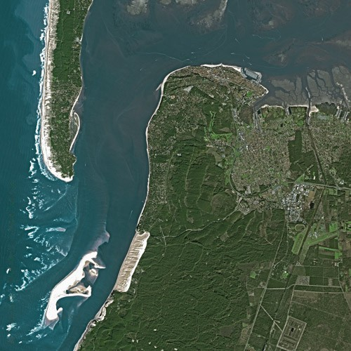 Arcachon seen by satellite Source Wikipedia