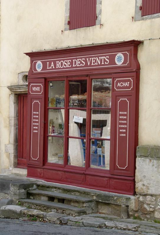 France, Languedoc-Roussillon, Aude, Montolieu - bookshop La Rose des Vents photo  © 2012 Scotiana