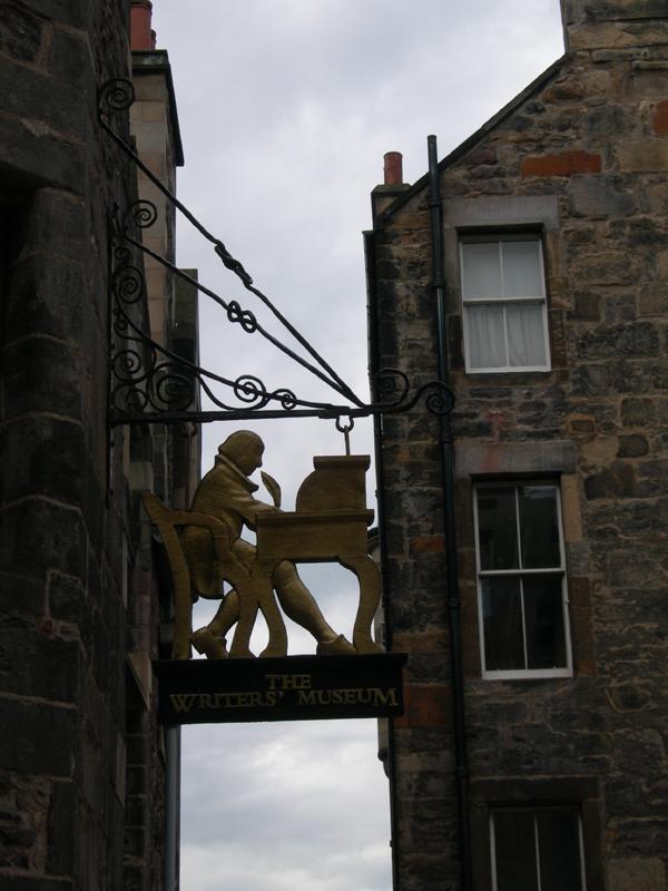 Edinburgh Writers' Museum sign © 2006 Scotiana