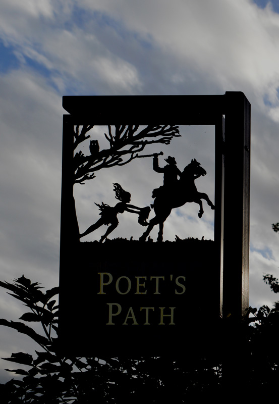 Poet's  Path signpost in Alloway  © 2012 Scotiana