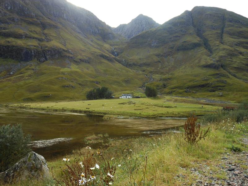 Glen Coe Loch Achtriochtan and Achnambeithach cottage © 2012 Scotiana