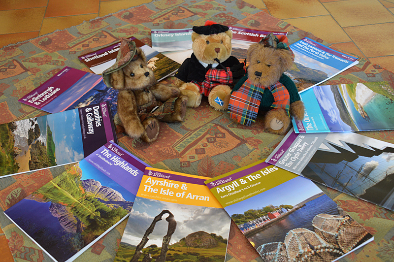 Mosaic brochures VisitScotland 2012 and three Scottish Teddy Bears 1 © 2013 Scotiana
