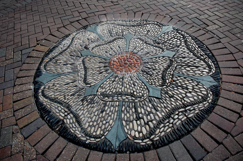 Rose Street mosaïc Edinburgh © 2012 Scotiana