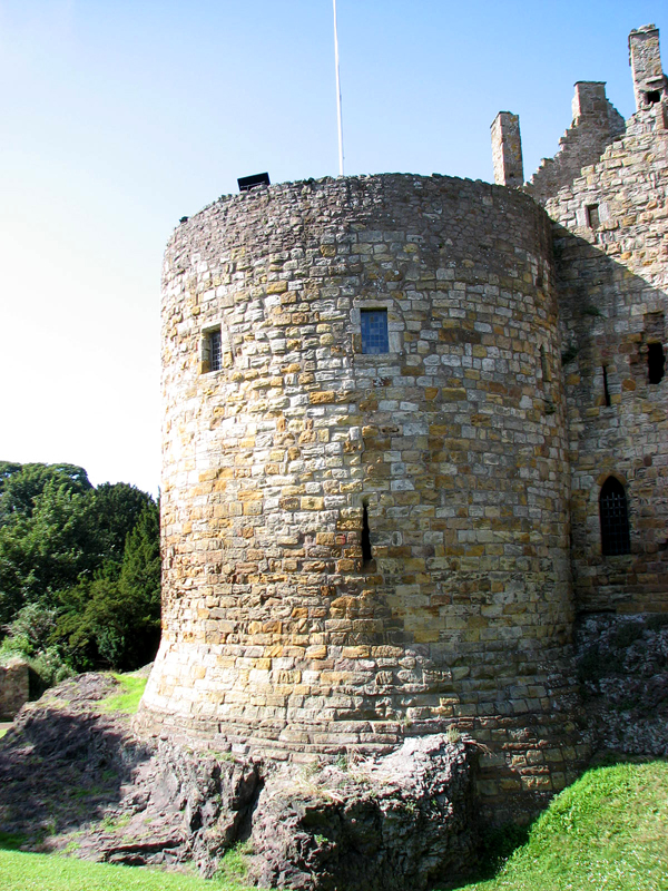 Dirleton Castle 13th drum tower
